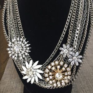 Stella & Dot mixed chain statement necklace